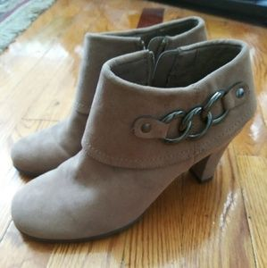 A2 Heeled Ankle Boots